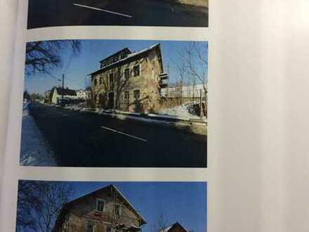Sanierungsobjekt mit ca. 230 m² Wohnfläche in Chemnitz