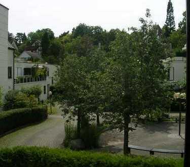 Helle 4-Zi.-Wohnung ca. 103 qm mit TG in ruhiger innenstadtnaher HHL Stuttgart-Nord