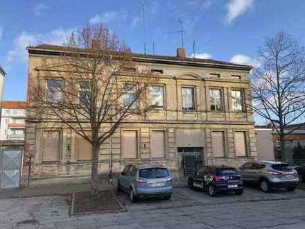 Mehrfamilienhaus mitten im Zentrum von Wittenberge zu verkaufen