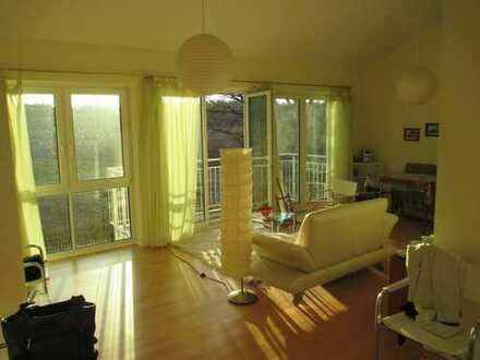 Neuwertige 2-Zimmer-DG-Wohnung mit Balkon in Kloster Lehnin /OT Rädel
