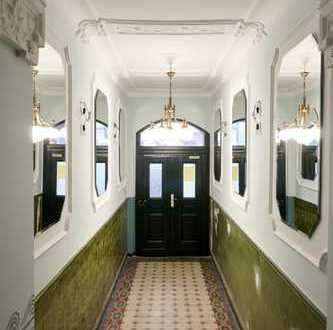 Kapitalanlage in Friedrichshain! Vermietete 2-Zimmer-Altbau-Wohnung nahe Warschauer Straße!