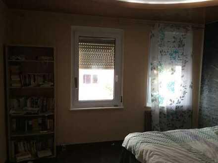Vollständig renovierte 3-Zimmer-Wohnung mit EBK in Nürnberg