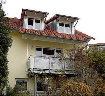 Schöne Doppelhaushälfte mit sechs Zimmern in Mühlingen, Bodenseegebiet