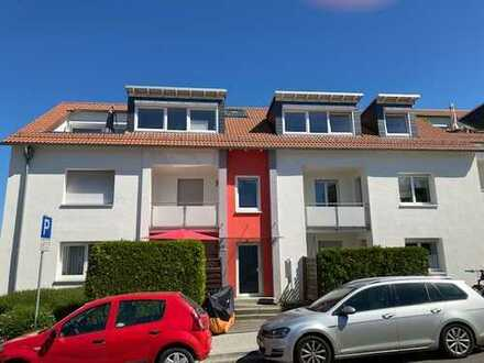 Schöne 4-Zimmer-Wohnung mit Balkon in Schwalbach am Taunus