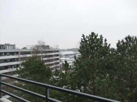 Große 4 Zimmer Wohnung mit zwei Balkonen!