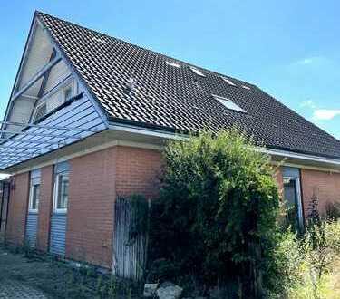 Freistehendes Haus mit viel Platz in ruhiger Wohnlage !