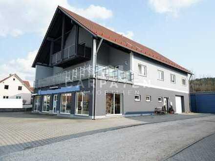 Geschäftshaus mit 2 Betriebswohnungen - 93173 Wenzenbach
