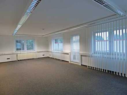 Gepflegte, barrierefreie Büro- und Lagerräume für verschiedenste geschäftliche Anforderungen!