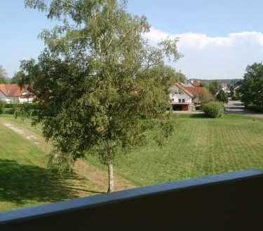 Geräumige 2 Zimmerwohnung mit Südbalkon in gefragter Wohnlage von Bad Buchau!