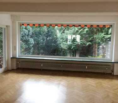 3 Zimmer - Wohnung mit südwest Terrasse u. Garten