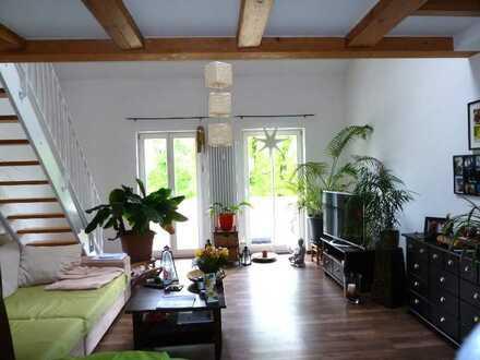 2-Zi Galeriewohnung mit sonnigem Südbalkon in zentraler Lage