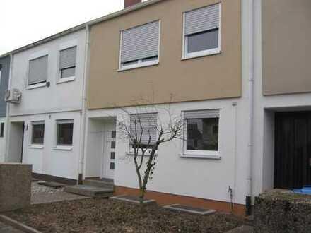 Vollständig renoviertes, geräumiges Haus (4 Zimmer) mit Garten Ludwigshafen, Oggersheim