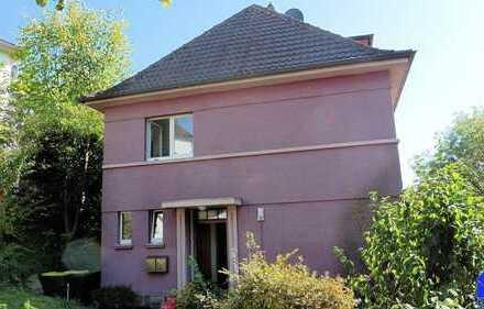 2-Fam.-Haus in zentraler Lage von Menden