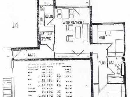 Stilvolle, gepflegte 3-Zimmer-Wohnung mit Balkon und EBK in Kornwestheim mit 2 TG Plätzen