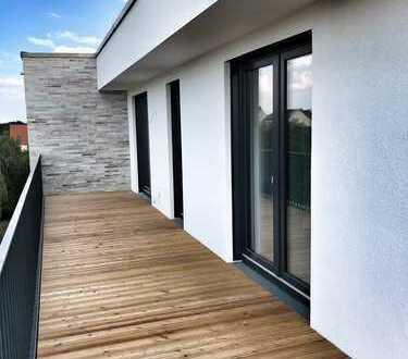 P E N T H O U S E - mit 2 Bädern, Außensauna, Designküche, 180 Grad Dachterrasse, 2 x Einzelgarage