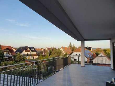 Exklusive Penthouse 4 Zimmer Wohnung mit Einbauküche und Fernblick in den Spessart!