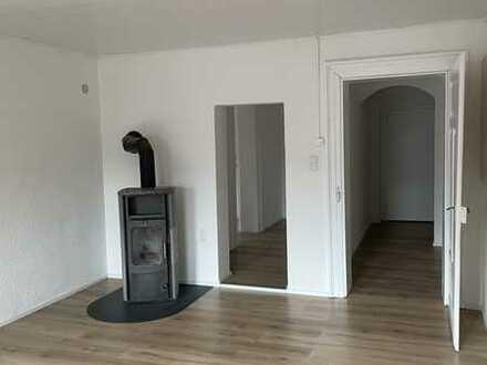 3 Zi Wohnung 100m2 EBK Garten Keller 2 Stellplätze Balkon