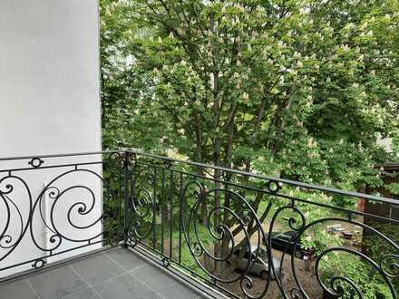Jugendstil Romantik im idylischen XL-Balkon / Luxuskernsanierung