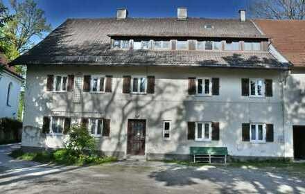 Ehem. Bauernhaus im Herzen von München/Lochhausen 3200 qm Grundstück