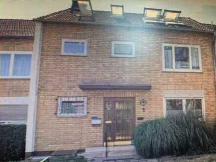 Geräumige 4-Zimmer-Wohnung in Bergisch Gladbach