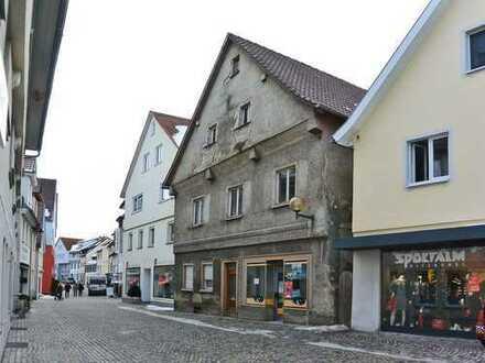 Wohn- und Geschäftshaus im Zentrum von Bad Waldsee - das Stadthaus für Investoren!