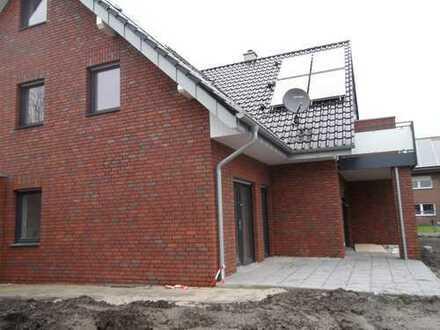 3-Zimmer-Neubau-DG-Whg. mit Balkon zu vermieten!