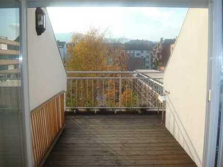 Sonnige und ruhige 4,5-Zimmer-Maisonette im Stuttgarter Westen mit fantastischer Aussicht!