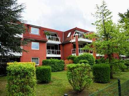 Stilvolle, gepflegte 2-Zimmer-Dachgeschosswohnung mit Balkon und EBK in Bremen