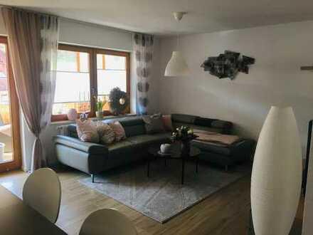 Schöne 4-Zimmer-Wohnung mit zwei Balkonen und Einbauküche in Oberkochen