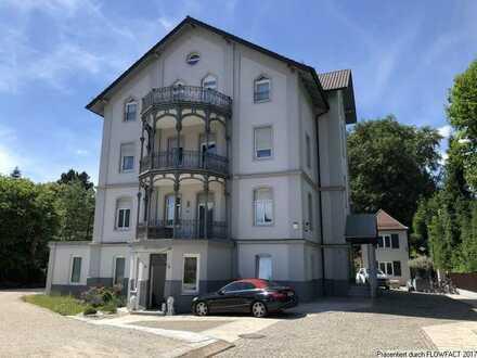 Arbeiten und Wohnen in historischem Wohn- und Geschäftshaus