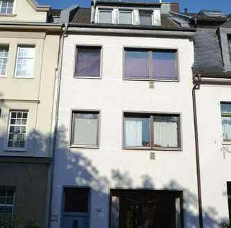 Mehrfamilienhaus mit Garten in Bonn Kessenich