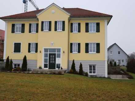 Neuwertige 2-Zimmer-Wohnung mit Einbauküche und Terrasse in Aindling-Stotzard