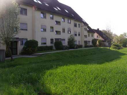 Ruhige 2-Zi-Wohnung in grüner Lage von Ötlingen