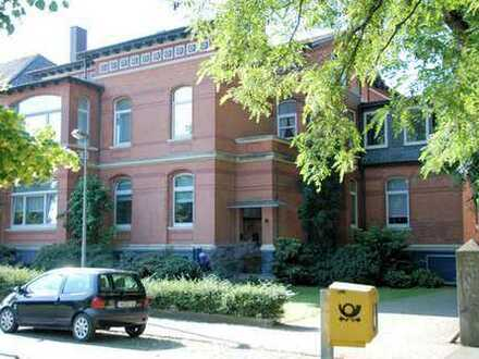Hochwertige, vollständig renovierte 4-Zimmer-Wohnung, Innenstadtnähe, EBK, SüdBLK, Parkett