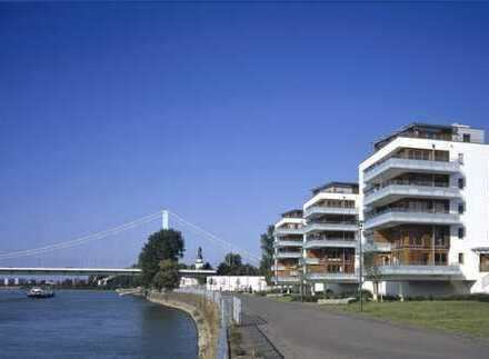 Exklusive, neuwertige 4-Zimmer-Wohnung mit Balkon in Mülheim, Köln