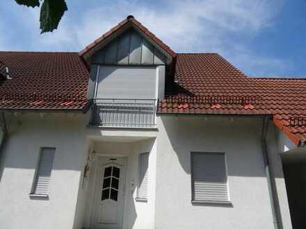 950 €, 125 m², 6 Zimmer
