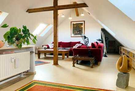 Gepflegte 3-Zimmer-Maisonettewohnung mit Balkon und Einbauküche in Bochum