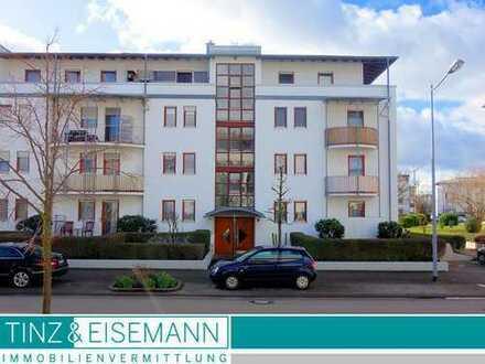 Solide Kapitalanlage - vermietete 2-Zimmerwohnung im EG mit TG-Stellplatz in Offenburg - Albersbösch