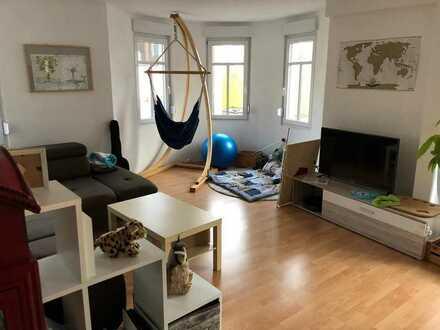 Lichtdurchflutete großzügige 3-Zimmer Erker-Wohnung in Eppelheim