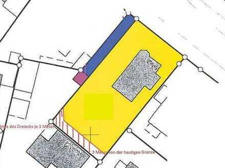 Uninahes Baugrundstück -(noch bebaut)