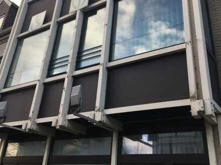 Renovierte 2-Zimmer-Wohnung im Erdgeschoss zu vermieten! - Ideal für Rentner