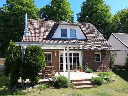 Attraktives Ruhiges und gepflegtes 5-Zimmer-Einfamilienhaus zum Kauf in Neuruppin-Buskow