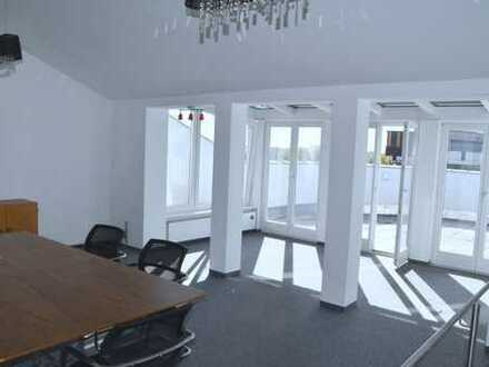 ****Repräsentative Architektur *** helle Büroeinheit im 3. und 4. OG (Lift vorhanden), nah zu AUDI