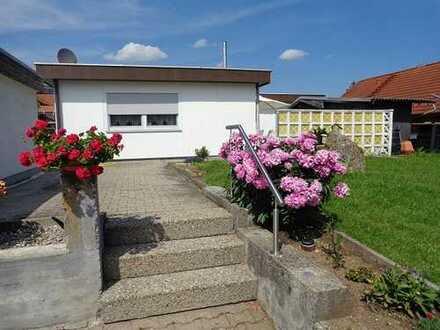Wohnhaus mit Garten und Garage im Luftkurort Hayingen