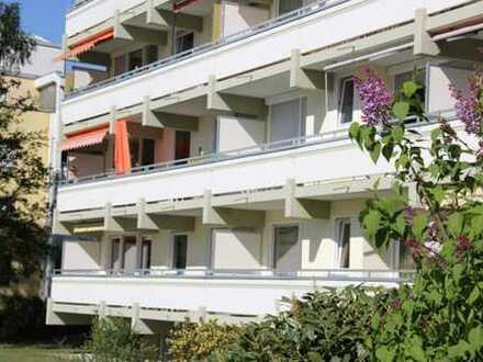 Puchheim: Schön renovierte 3-Zimmer-Wohnung im Hochparterre zum Selbstbezug oder als Kapitalanlage