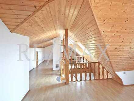 RE/MAX : Helle 3-4-Zimmer Dachgeschoss-Maisonette-Wohnung