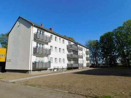 3 Zimmer, Einbauküche, Balkon, Garage
