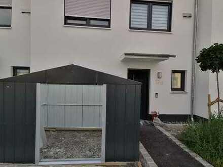 Attraktives neues 4-Zimmer-Reihenhaus mit Einbauküche in Biessenhofen, Biessenhofen