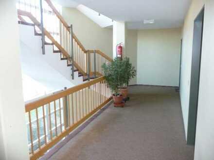 Moderne Wohnung - 20 qm Süd-Terrasse - EBK - Top-Lage Olching