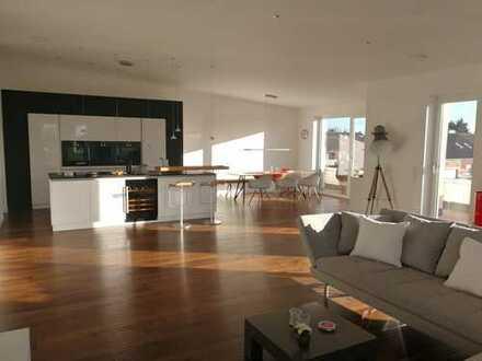 Exklusive, geräumige und neuwertige 3-Zimmer-Loft-Wohnung mit Balkon und Einbauküche in Lippstadt